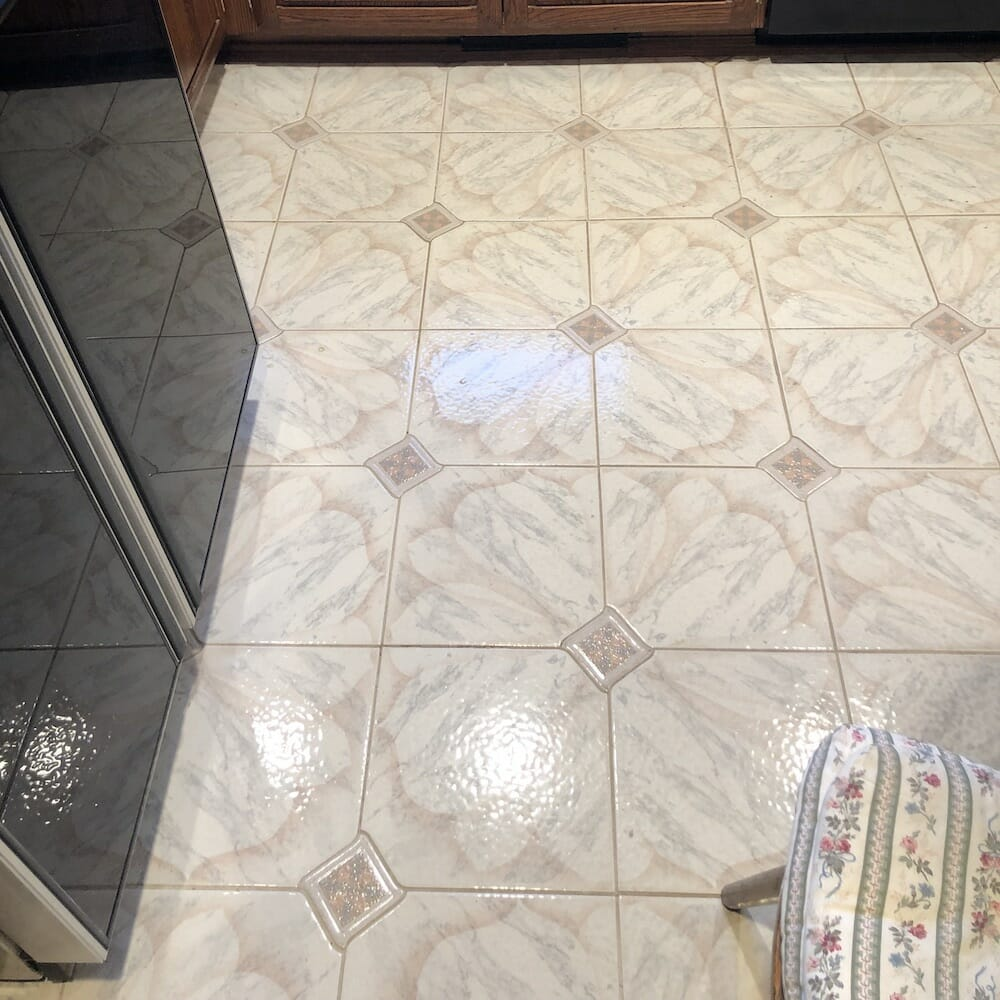 Kitchen Tile Before Replacement