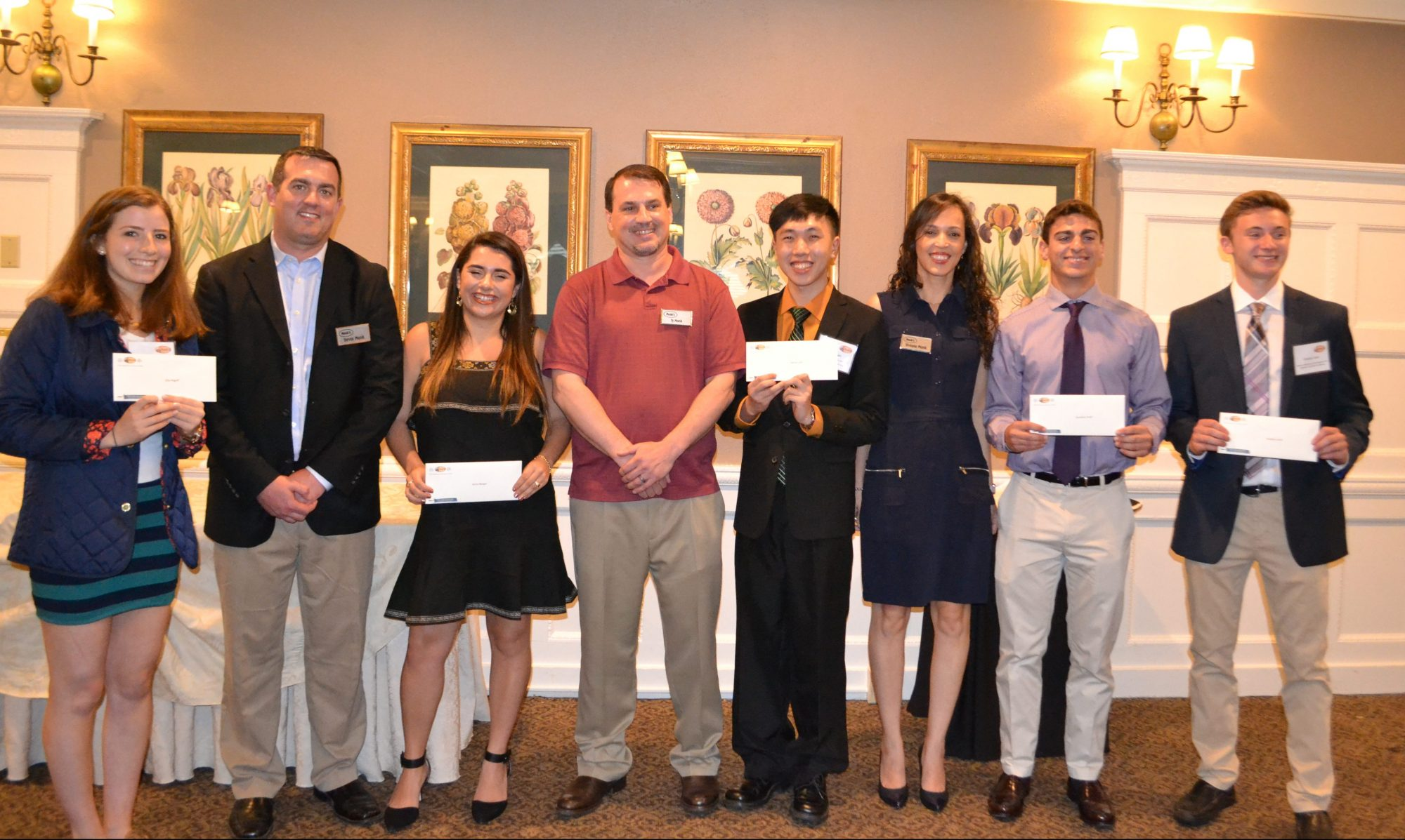 Monk's Service Scholarship Winners 2017. From left: Ellie Rogoff, Trevor Monk, Jenna Berger, Ty Monk, Adrian Lam, Viviane Monk, Jonathan Kraft and Brad Levin.