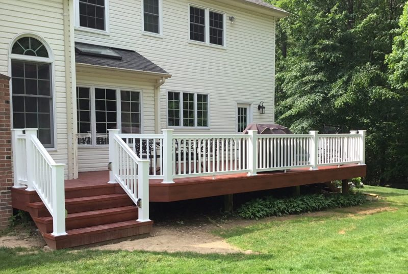 Deck Refacing Using Zuri Composite