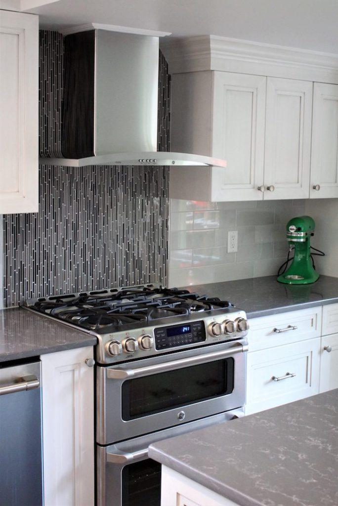 Modern and Sleek Kitchen Remodel