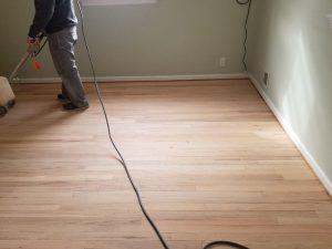 Dustless Hardwood Sander